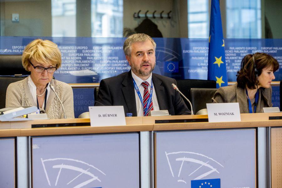 W Brukseli miało miejsce wspólne posiedzenie komisji, zajmujących się polityką regionalną w Parlamencie Europejskim oraz Komitecie Regionów. Poprowadzili je razem przewodniczący obu komisji prof. Danuta Hübner oraz Marszałek Województwa Wielkopolskiego- kliknij aby powiększyć