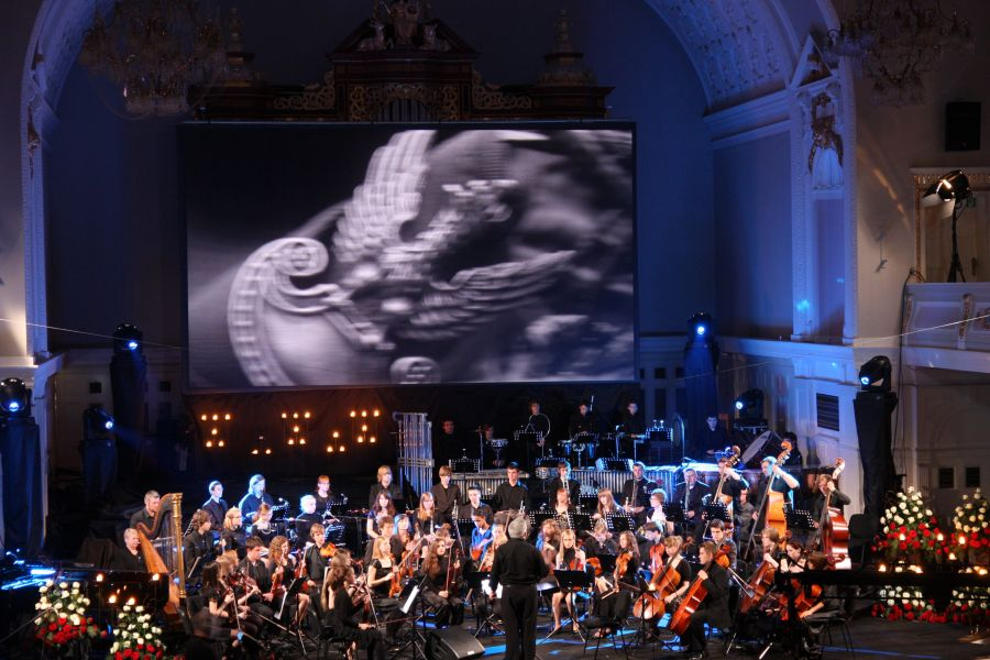 Koncert Nieśmiertelni na zawsze w naszej pamięci, który odbył się w ramach wielkopolskich obchodów 70. rocznicy Zbrodni Katyńskiej- kliknij aby powiększyć