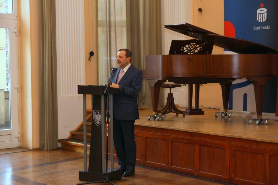 Marszałek pogratulował wyróżnionym tytułem Fair Play- kliknij aby powiększyć