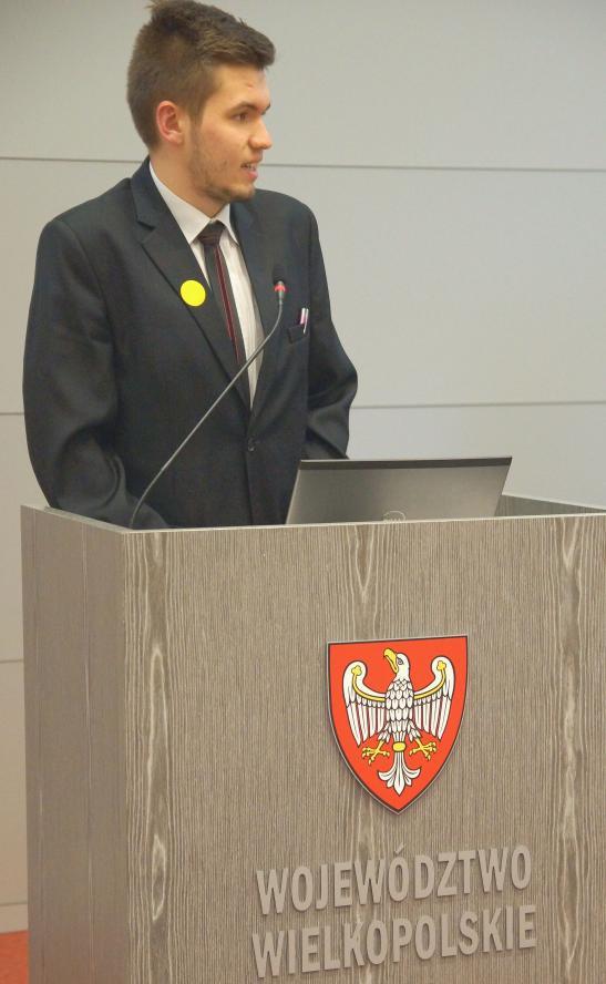 Fotorelacja z obrad I Sejmiku Młodzieży Województwa Wielkopolskiego- kliknij aby powiększyć