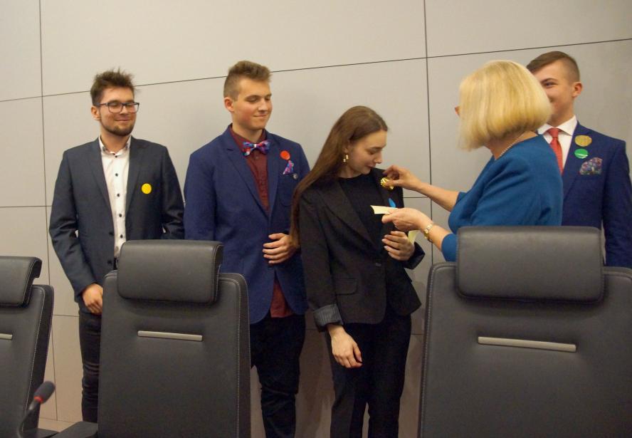 Fotorelacja z obrad II Sejmiku Młodzieży Województwa Wielkopolskiego- kliknij aby powiększyć