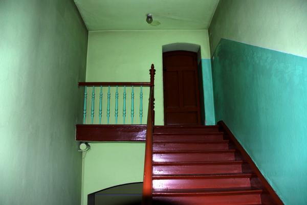 Oświetlenie klatki schodowej przed wymianą- kliknij aby powiększyć