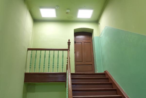 Oświetlenie klatki schodowej po wymianie- kliknij aby powiększyć