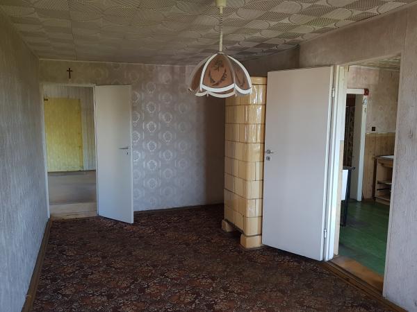 Cerekwica Nowa - Pomieszczenie w budynku nr 5 przed modernizacją i zakupem wyposażenia- kliknij aby powiększyć
