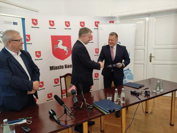 Blisko 6 mln zł  dofinansowania na ekologiczny transport i kształcenie zawodowe - kliknij aby powiększyć