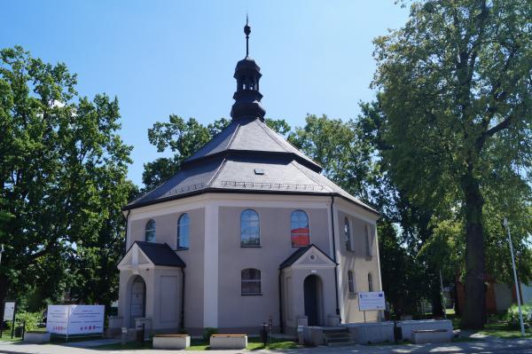 Kościół poewangelicki przy Placu Tadeusza Kościuszki w Odolanowie- kliknij aby powiększyć