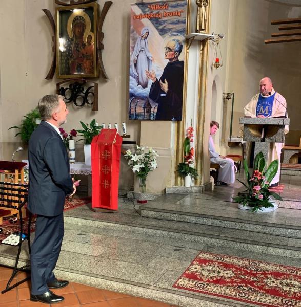 Wręczanie medalu  w Inowrocławiu- kliknij aby powiększyć
