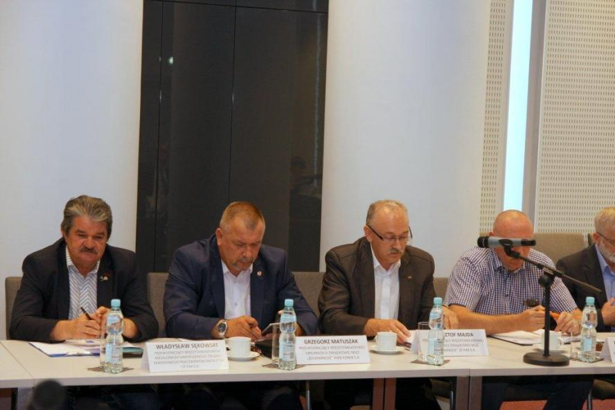 III plenarne posiedzenie Wojewódzkiej Rady Dialogu Społecznego w Poznaniu  - zobacz więcej