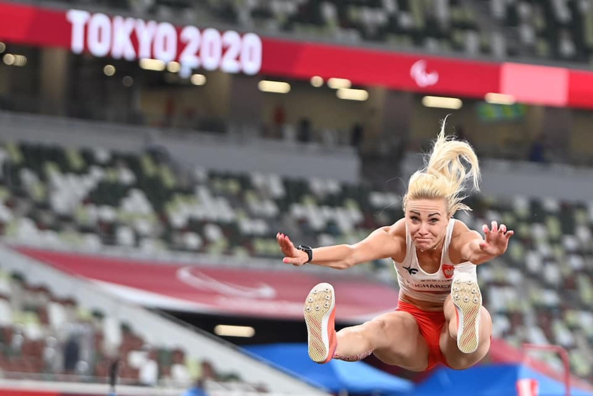 Z Rawicza do Tokio pojechała po złoto. Karolina Kucharczyk z nowym rekordem paraolimpijskim!  - zobacz więcej