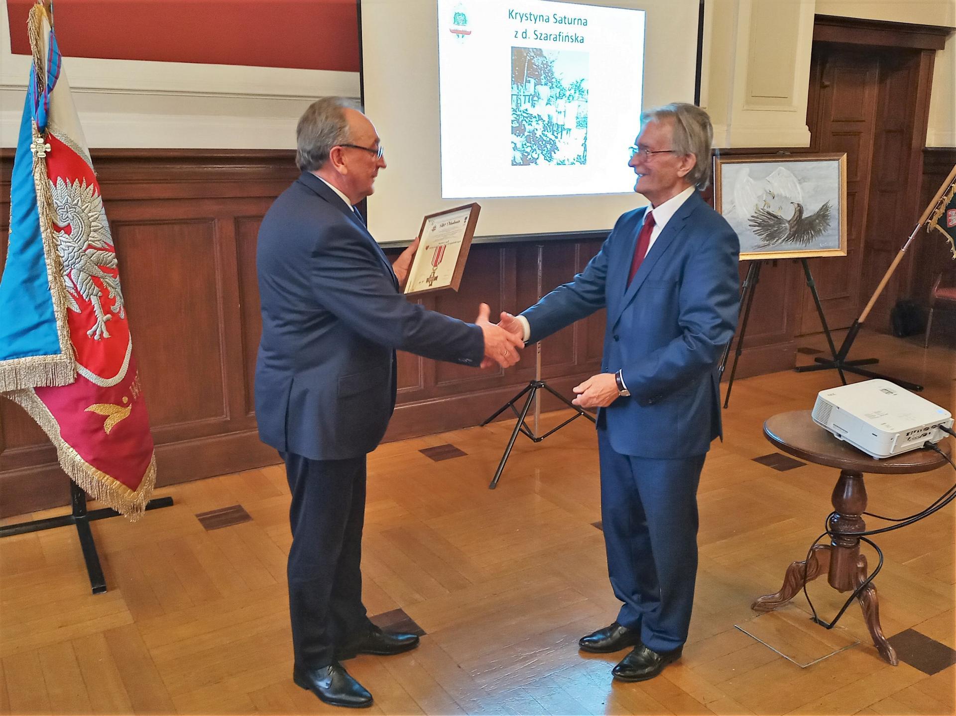 Wielkopolska wyróżniona Kombatanckim Krzyżem Pamięci - zobacz więcej