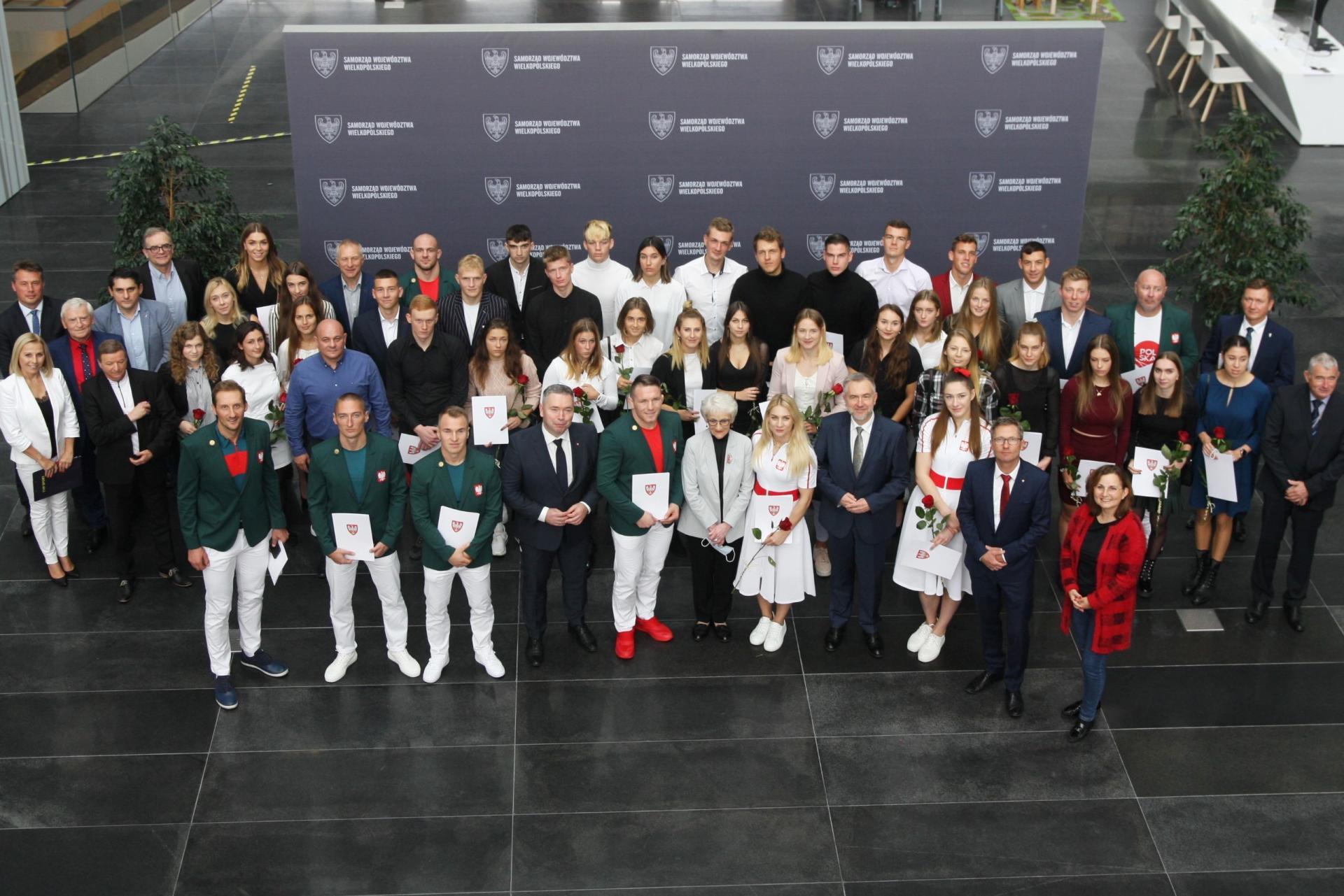 Stypendia i nagrody od Marszałka dla wybitnych sportowców z Wielkopolski - zobacz więcej